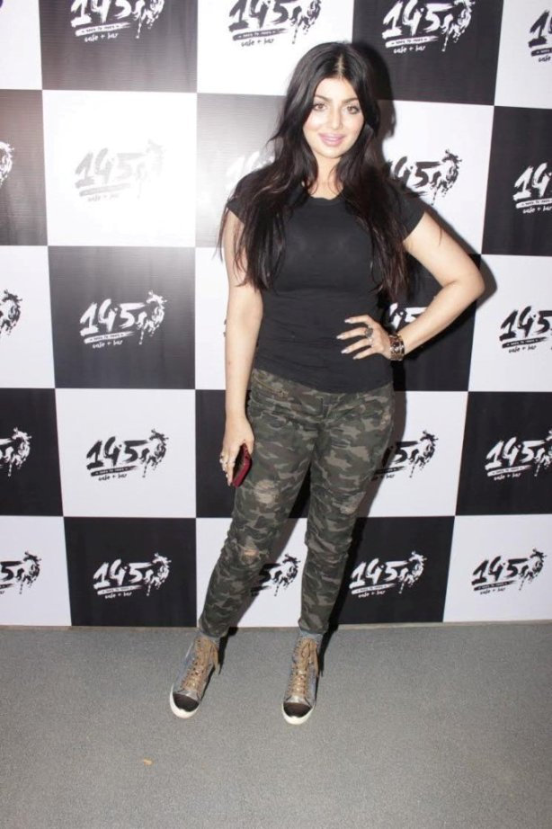 Ayesha Takia look like this after Lip surgery
