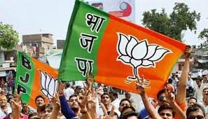 UP polls: BJP in trouble in its stronghold