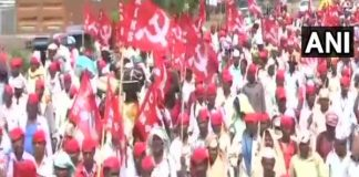 30,000 farmers enters thane to demonstrate in front of assembly