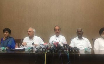 in press conference congress put reasons for impeachment motion