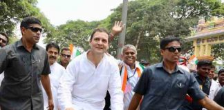 rahul commented on modi in a road show