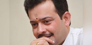 Guru Bhaiyaji Maharaj shot himself